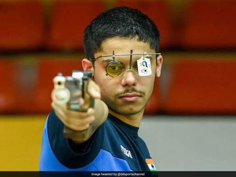 ISSF World Cup: Vijayveer Sidhu, Tejaswani Clinch Gold Medal In 25m Rapid Fire Pistol Mixed Team Event
