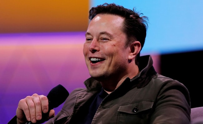 Elon Musk Weighs In On Vaccines, Again, Gets Mixed Reactions