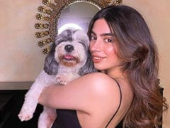 Inside Khushi Kapoor's Instagram Of Friends, Family And Fab Outfits