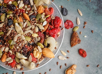 4 Of The Best Readymade Trail Mix Options For You