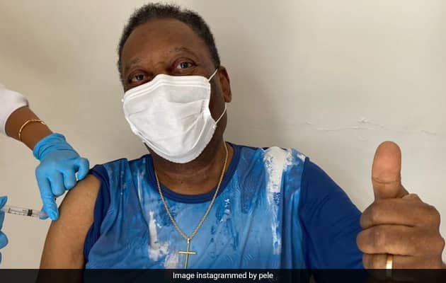 """Pele Gets Covid Vaccine, Hails """"Unforgettable"""" Day"""