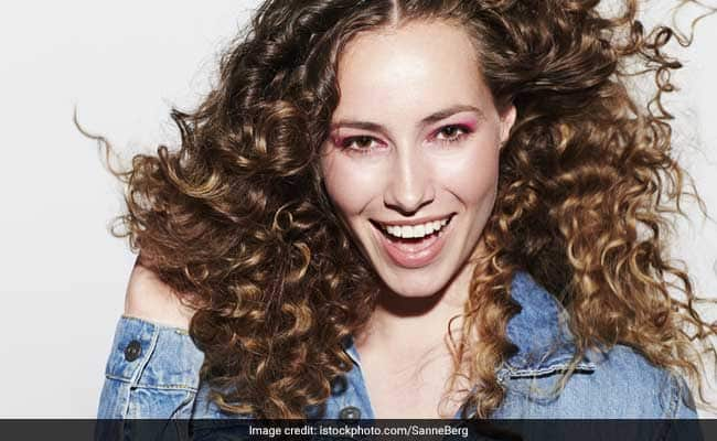 Hair Care Tips: Managing Curly Hair In Change Of Season- What A Dermatologist Recommends