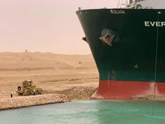 Tiny Bulldozer And A Giant Ship In Suez Canal Inspire Wave Of Memes