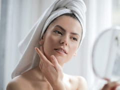 How Exactly Does A Toner Work To Keep Your Skin Toxin Free?