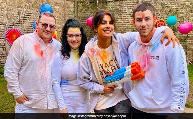 Holi 2021: Priyanka Chopra Celebrates With Husband Nick Jonas And Her In-Laws In London