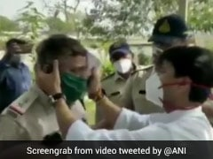 On Camera, BJP MP Jyotiraditya Scindia Helps Injured Policeman On Road