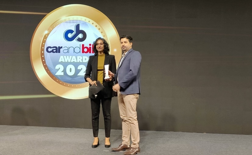 K Dua and S Sundereswaran from Royal Enfield accepts the 2021 CNB Two-Wheeler of the Year Award