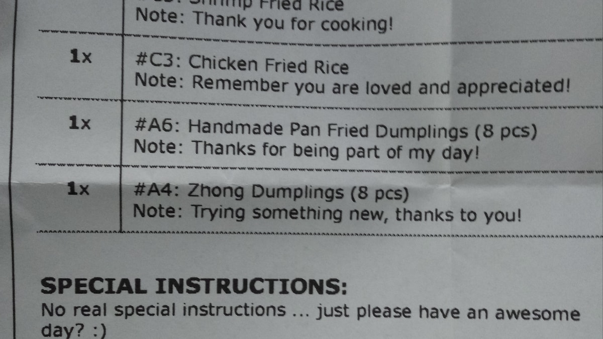 Restaurant Employee Surprised To See Sweet Notes With Online Delivery Order