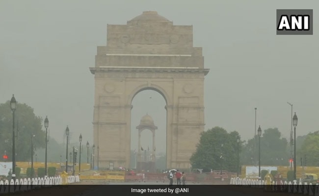 Delhi Rain: Dark Clouds, Thundershowers In The National Capital Region