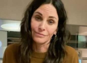 Watch: Courteney Cox Celebrated Mexican Holiday With Special Ginger-Lime Mocktail