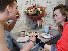 """Ukrainian Couple Handcuff Themselves. Used To Break-Up """"Twice A Week"""""""
