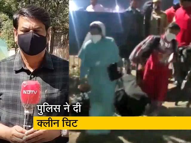 Videos : यूपी में ABVP कार्यकर्ताओं ने 4 ईसाई ननों को चलती ट्रेन से जबरन उतरवाया, बता रहे हैं कमाल खान