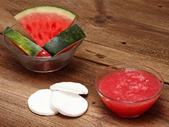 5 Ways To Use Watermelon To Make Refreshing DIY Face Packs