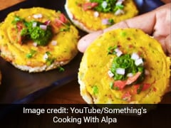 This No-Fry, Aloo-Besan-Chutney Toast Is Our Favorite Breakfast Recipe Right Now!