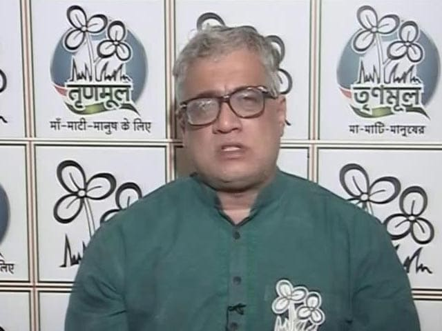 "Video : ""PM Exploiting His Post"": Trinamool Complains Against Vaccine Certificates"