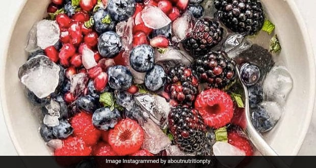 Nature's Cereal: This Unique Breakfast Of Fruits, Ice Cubes And Coconut Water Is Winning Internet