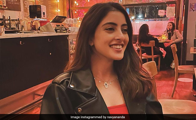 Can You Decode Navya Naveli's Caption For Pic From New York Cafe? Shanaya Kapoor Did