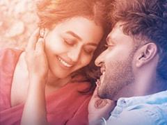 Guru Randhawa And Neha Kakkar's Love Ballad <i>Aur Pyaar Karna Hai</i> Is Out Now