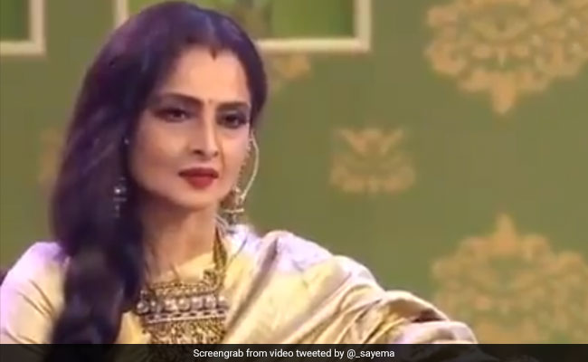 Trending: Rekha Singing Rang Barse In This Throwback Video Is The Perfect Holi Gift