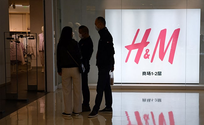 """""""Dedicated To Regaining Trust"""" In China After Boycott: H&M"""