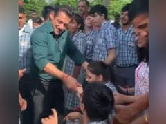 When Salman Khan, Sonakshi Sinha And Bina Kak Danced With Special Kids