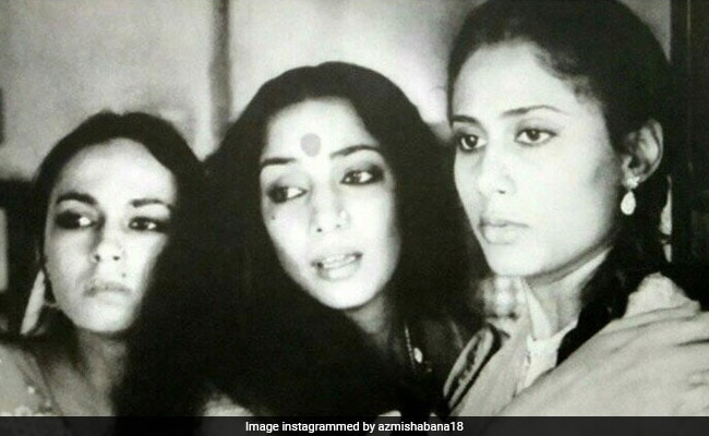 Shabana Azmi Wants You To 'Look At How Closely' Alia Bhatt Resembles Her Mom Soni Razdan
