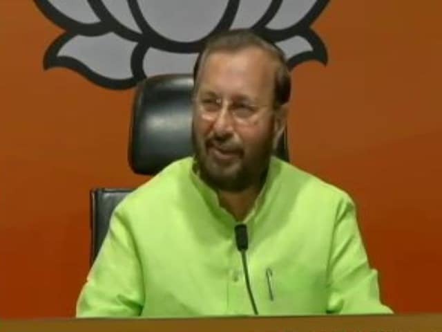"Video : BJP Mocks Rahul Gandhi After He Says Emergency Was A ""Mistake"""