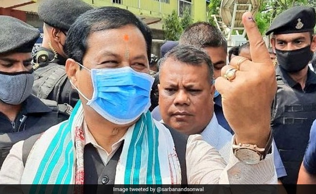 """Assam Election 2021 – """"Prayed For Peace For All…"""": Assam's Sarbananda Sonowal Votes"""
