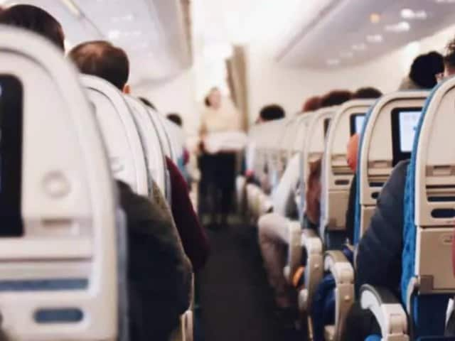 Video : Boot Passengers Who Don't Wear Masks Properly, Watchdog Tells Airlines
