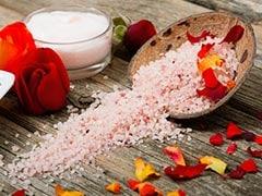 Health Benefits Of Bath Salt: पानी में नमक डालकर नहाने से मिल सकते हैं ये 5 स्वास्थ्य लाभ