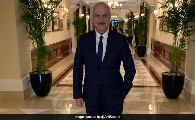 On Anupam Kher's Birthday, Anil Kapoor, Akshay Kumar And Other Celebs Send Best Wishes