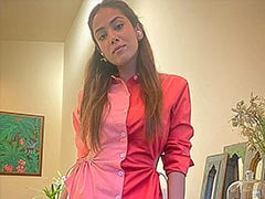 Pretty In Pink, Mira Rajput's Fix For A Grainy Pic - Add A Cool Caption