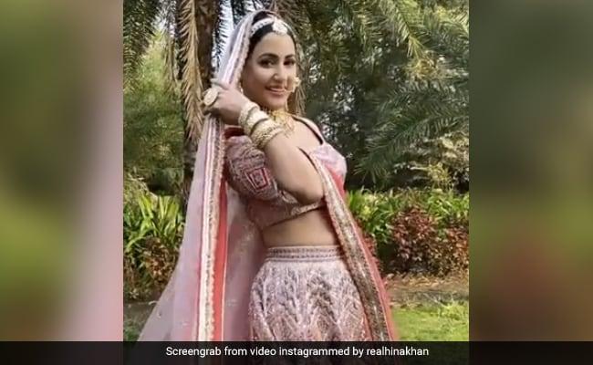 हिना खान ब्राइडल लुक में 'ओ मेरी लैला' सॉन्ग पर यूं झूमती आईं नजर, वायरल हुआ खूबसूरत Video