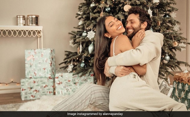 Alanna Panday, Ananya's Cousin, Reveals How Her Mom Reacted When She Moved In With Boyfriend