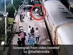 On Camera, RPF Cop Saves Passenger Who Slipped Trying To Board Moving Train