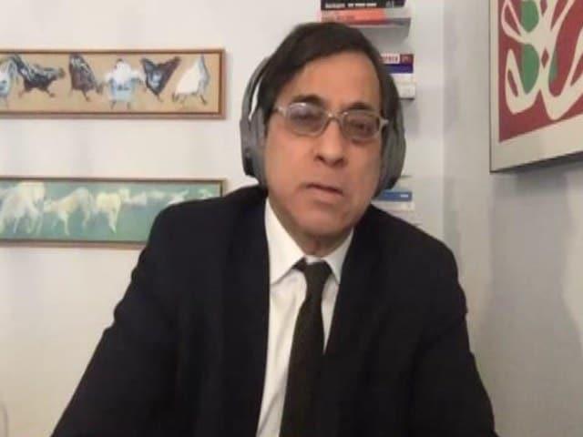 Video : Democracy vs Emergency: The India Debate