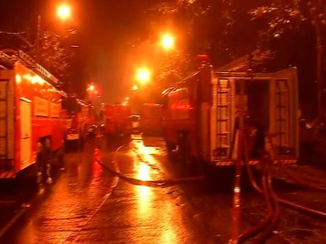 Video : Firefighters, Cop Among 7 Dead In Fire At Central Kolkata Office Building