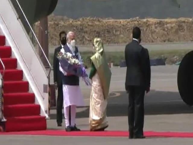 Video : PM Modi In Dhaka For Bangladesh's 50th Year Of Liberation