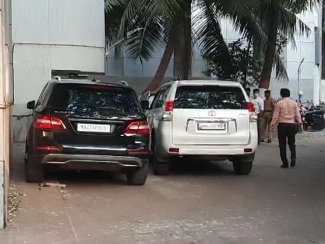 Video : Ambani Bomb Scare: Land Cruiser SUV Allegedly Used By Mumbai Cop Seized