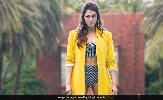 Not Summer, Isha Koppikar's Swimsuit Look Is Raising The Temperature
