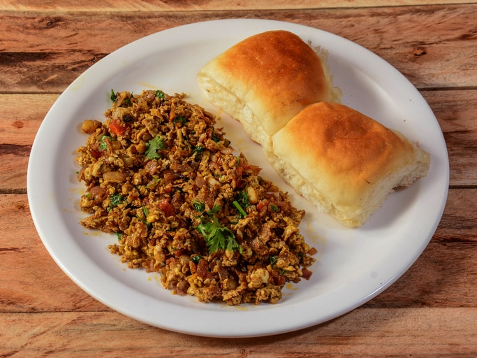 This Parsi-Style Egg Bhurji (Akuri) Is Just What You Need For Protein-Packed Breakfast