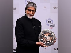 What Amitabh Bachchan Posted After Receiving An Award From Martin Scorsese, Christopher Nolan