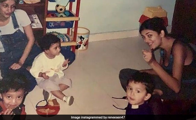 In Major Throwback, 26-Year-Old Sushmita Sen With Daughter Renee - NDTV