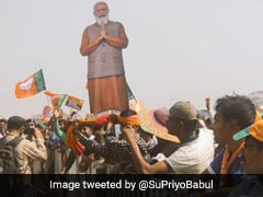 "PM Modi Targets Mamata Banerjee At Kolkata Rally, Promises ""<i>Sonar Bangla</i>"""