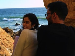 Janhvi Kapoor Is Holidaying In California And She's Not Alone