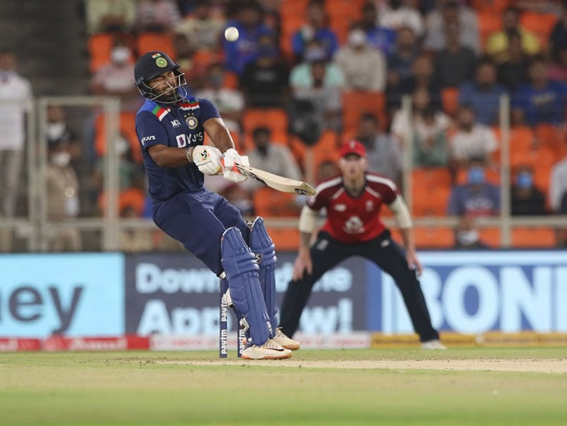 India vs England, 1st T20I: Rishabh Pants Reverse Scoop Off Jofra Archer Sends Twitter Into Frenzy. Watch