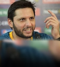 '44 Today!': Shahid Afridi Creates More Confusion About His Age