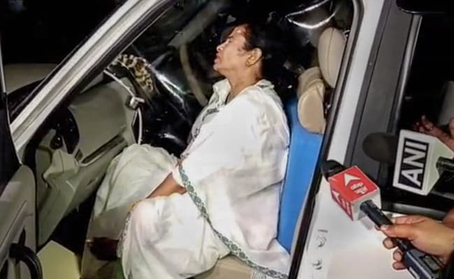 """""""Insinuations"""": Election Body Slams Charges Of Mamata Banerjee's Party"""