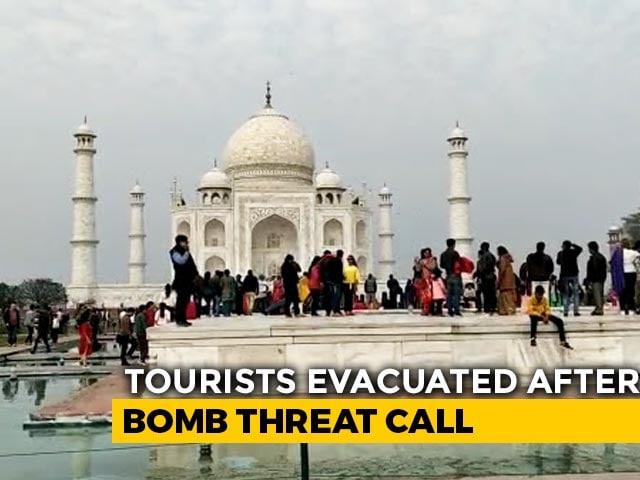 Video : Taj Mahal Briefly Shut, Tourists Evacuated After Bomb Hoax