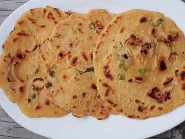 Video : How To Make Sooji Besan Cheela   Easy Sooji Besan Cheela Recipe Video